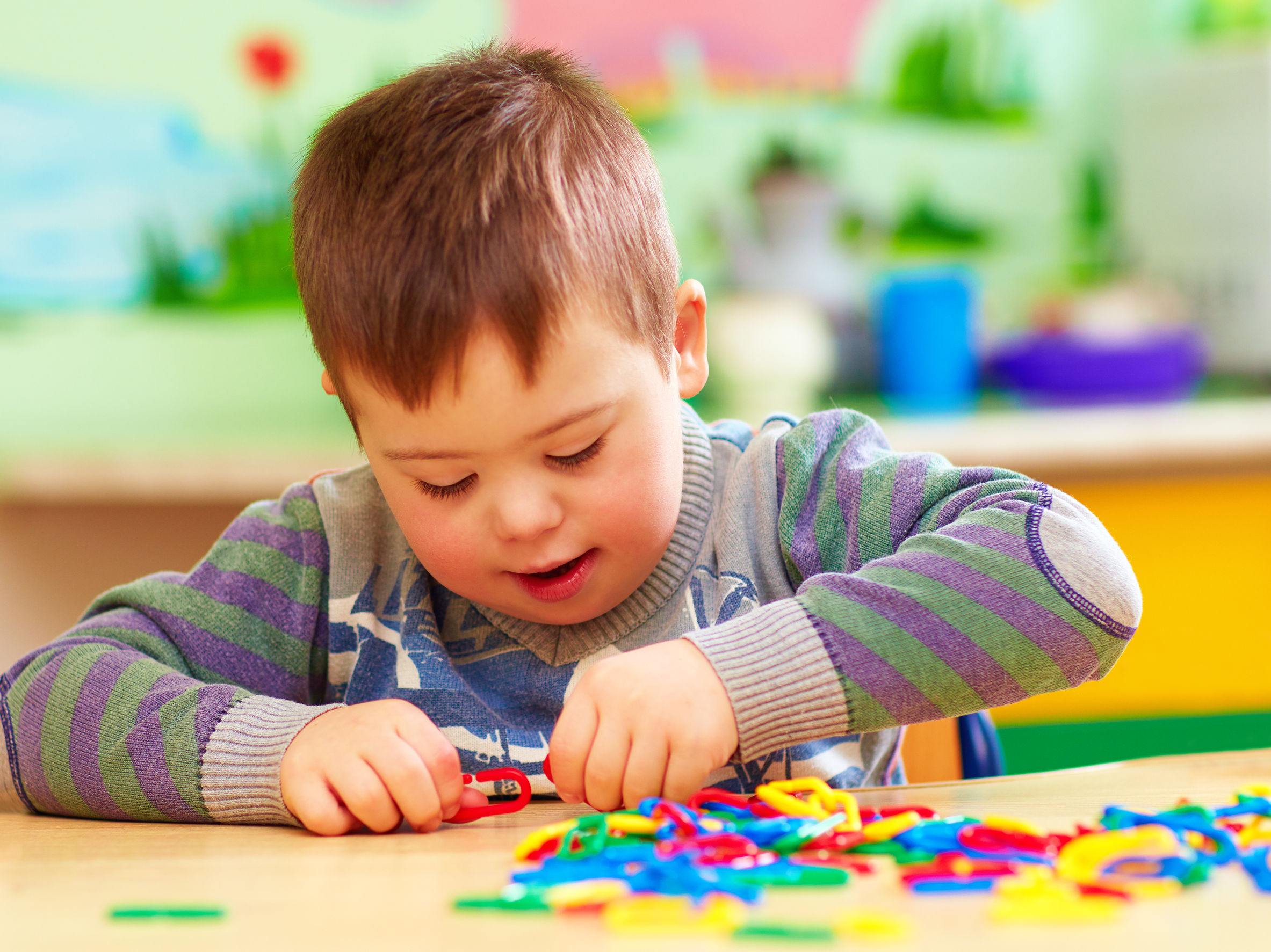 10 Fun Toys and Games To Build Fine Motor Skills